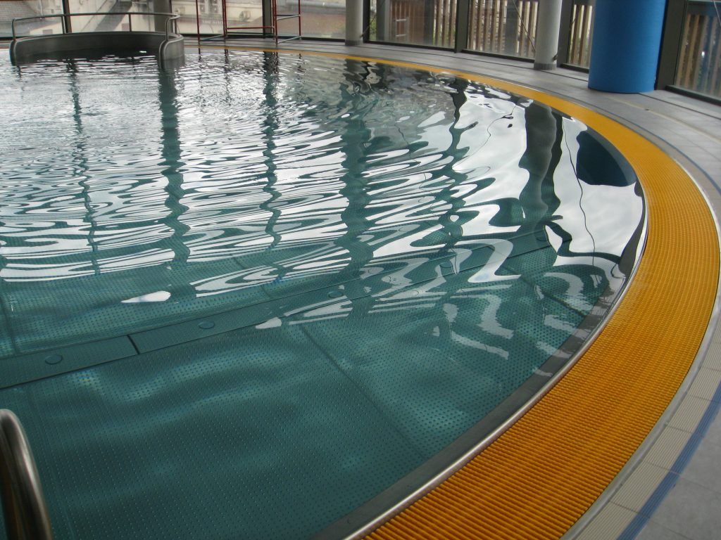 R f rences technox for Piscine fenouillet